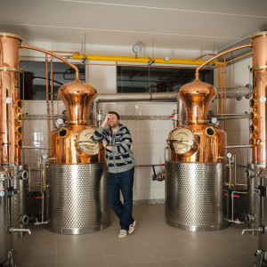 Martin Zufanek and his Arnold Holstein stills
